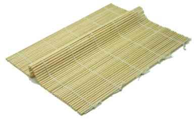 Como fazer para o arroz não grudar na esteirinha de bambu?