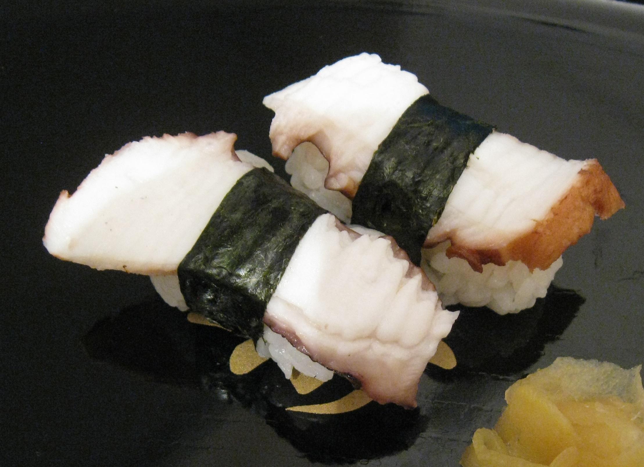 Resultado de imagem para sushi DE POLVO