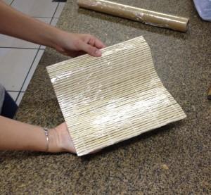 plastificar esteira bambu