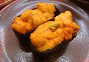 Sushi Gunkan com Uni